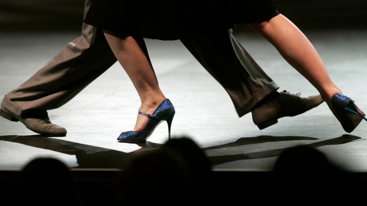 ноги в танго картинки фигуры фото показаны