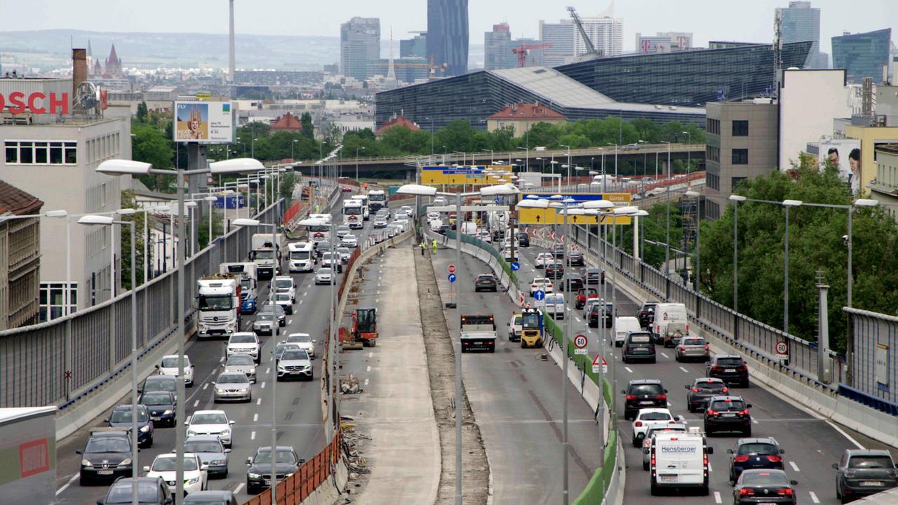 In der Corona-Krise kam kurzfristig auch der Verkehr fast zum Erliegen.